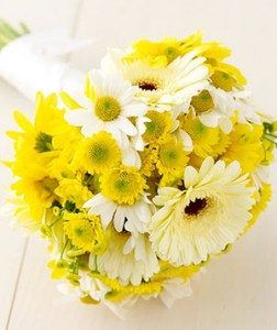 daisy-wedding-bouquet-252x300